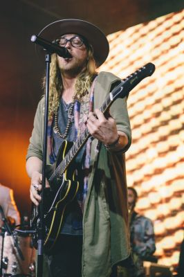 Allen Stone, Photo by: LUCAS CREIGHTON