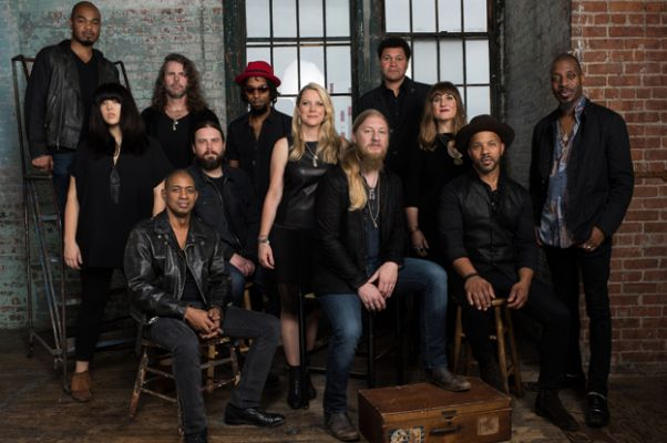 Tedeschi Trucks Band headlines the 2016 Safeway Waterfront Blues Festival