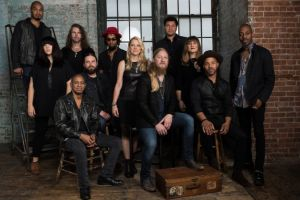 Tedeschi Trucks Band named Band of the Year at 2017 Blues Music Awards
