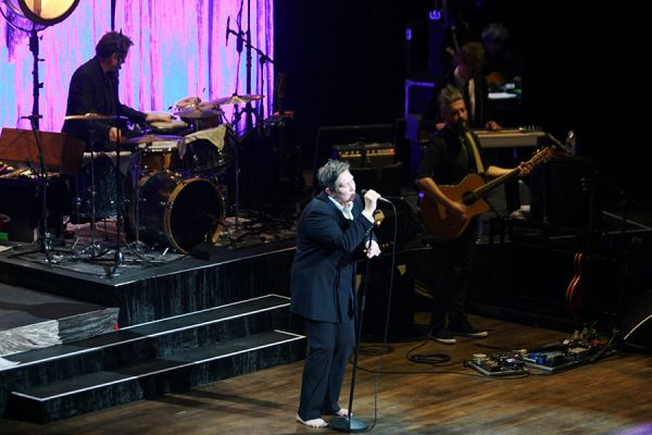 KD Lang At Arlene Schnitzer Concert Hall On Photos - Arlene schnitzer concert
