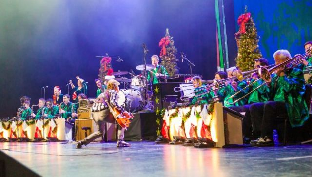 Brian Setzer and his orchestra. Photo by Suzie Kaplan